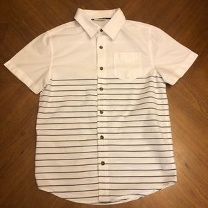 Crazy 8 white and navy stripe button down